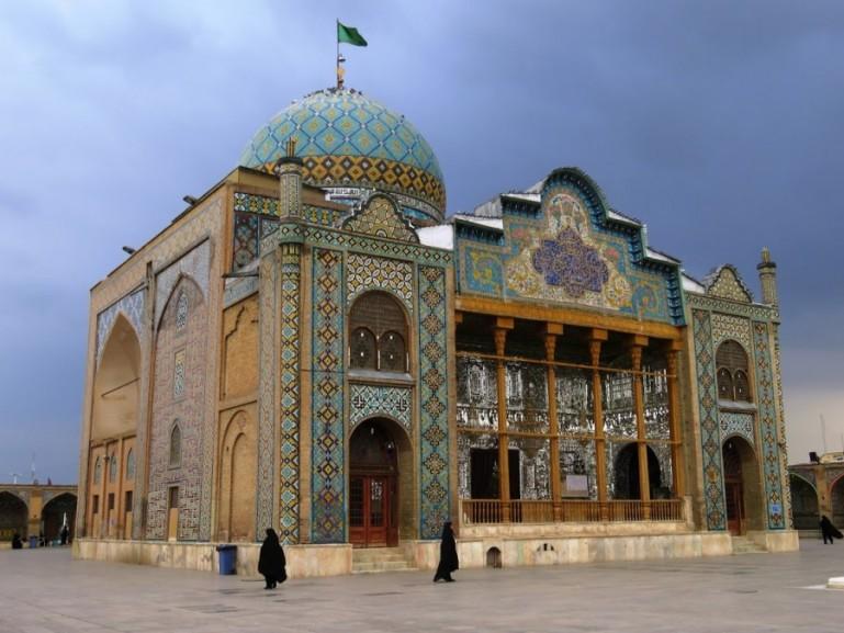 Imamzadeh-ye Hossein shrine in Qazvin