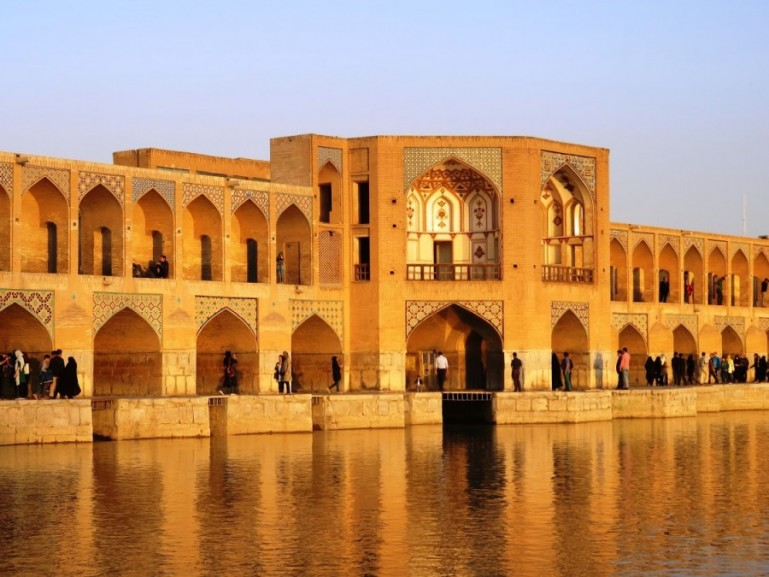 Khaju bridge in Isfahan Iran. Visiting the bridges around sunset is one of the best things to do in Isfahan