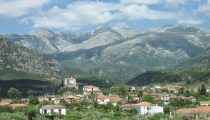 Mainland Greece: Monasteries, Mountains and History
