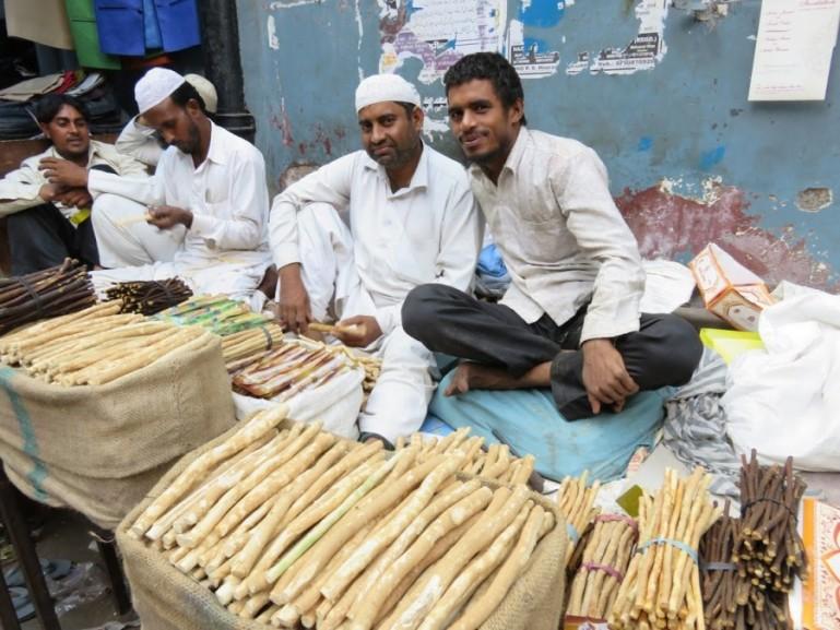 friendly people in Nizamuddin Basti Delhi selling natural toothbrushes