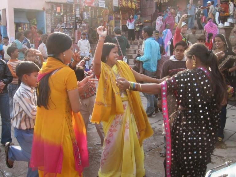Saraswati puja at Dasaswamedh ghat in Varanasi