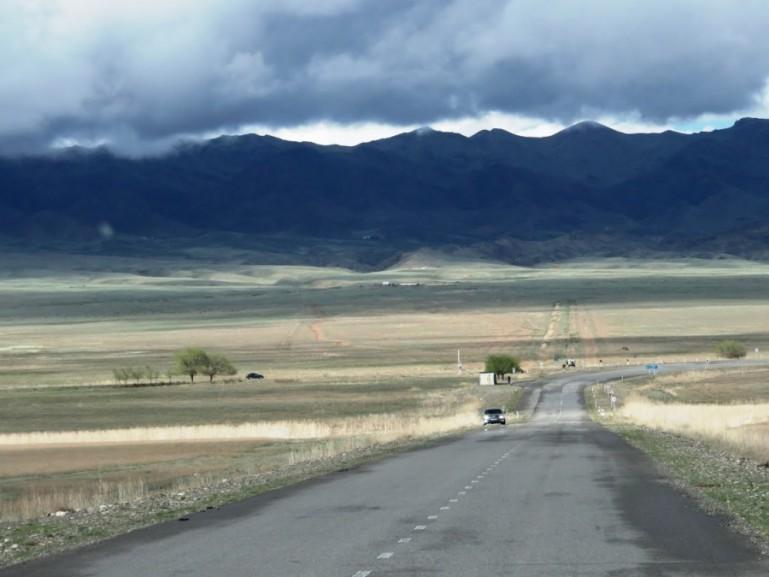 the road to the Kolsai lakes near Almaty