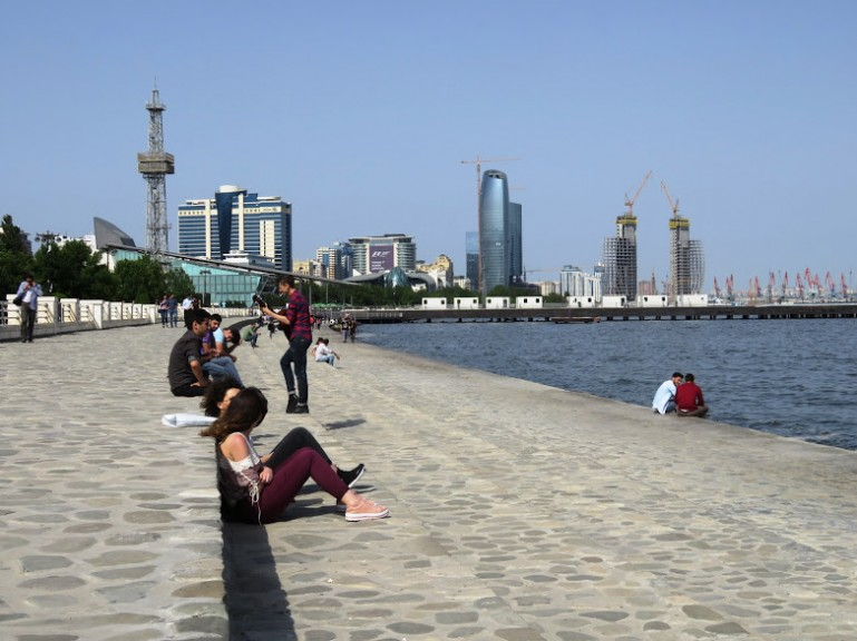 Walking along the sea boulevard was one of my favourite things to do in Baku