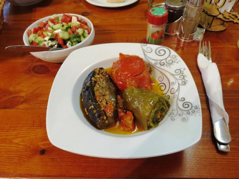 Dolma at Araz Kafesi in Baku