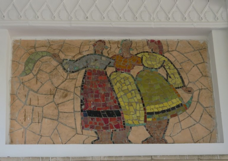 Soviet mosaic on a building in Chisinau