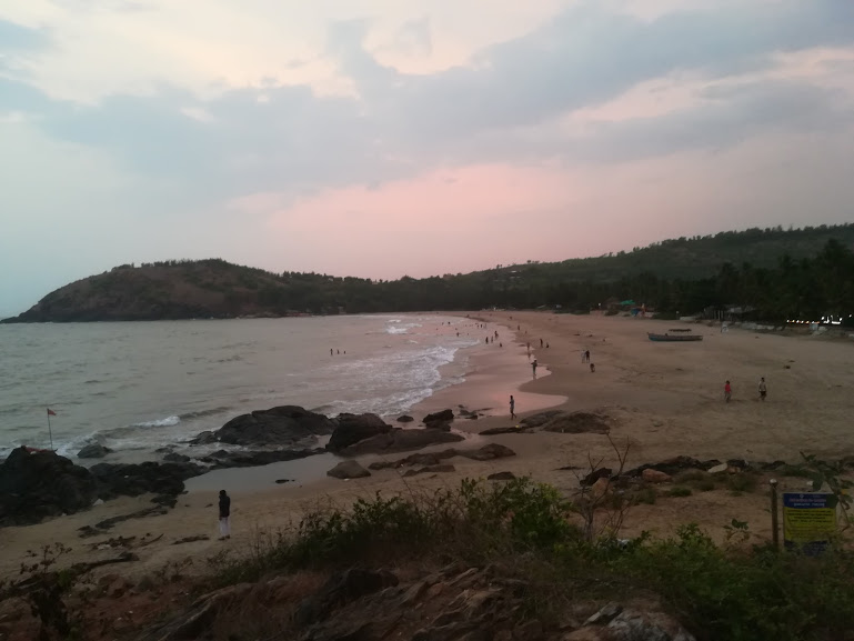 Kudlee beach in Gokarna is among the best places to visit in Gokarna