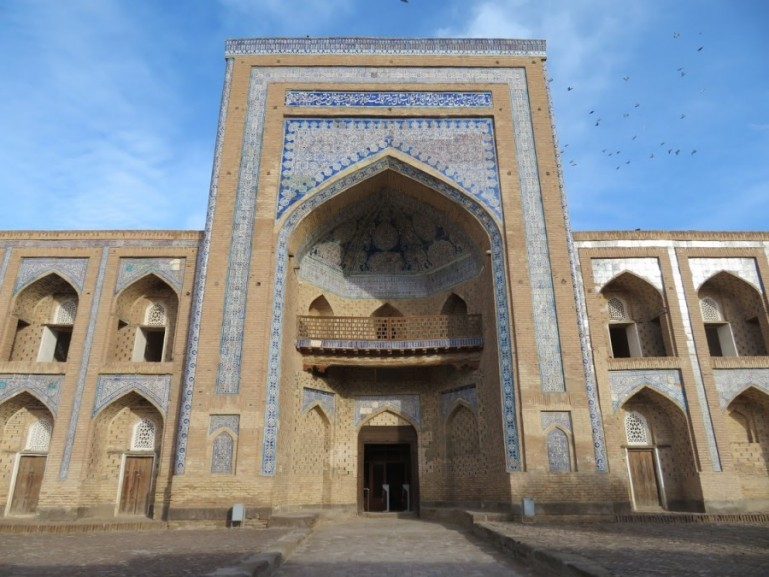 Backpacking Uzbekistan: everything about travel in Uzbekistan