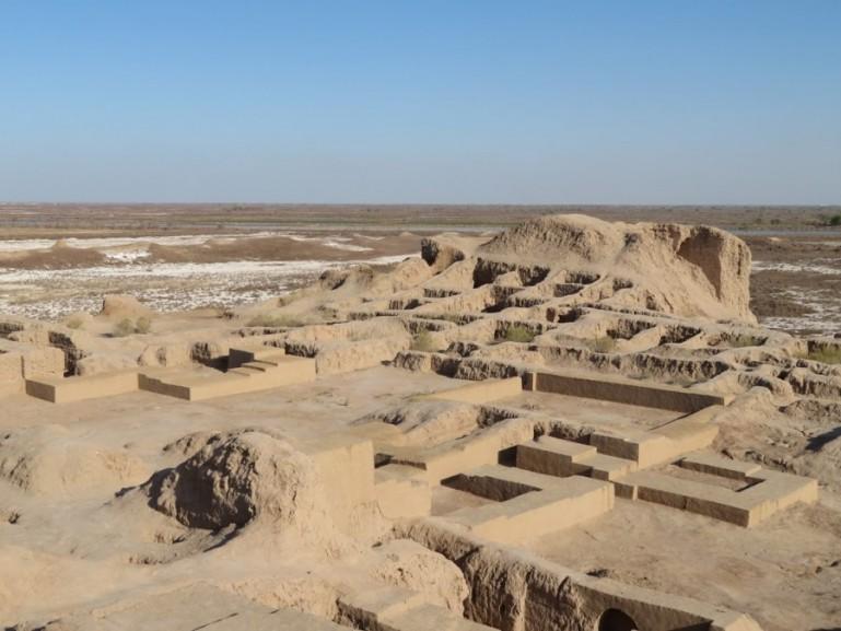 Toprak kala with the palace of the Khorezm kings