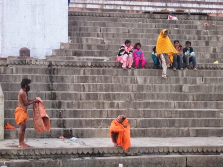 Assi ghat in Varanasi. Thje start of this Varanasi walking tour