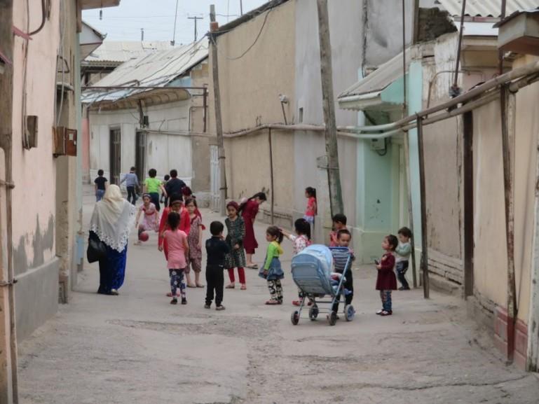 narrow streets in the neighbourhoods of the Fergana Valley in Uzbekistan