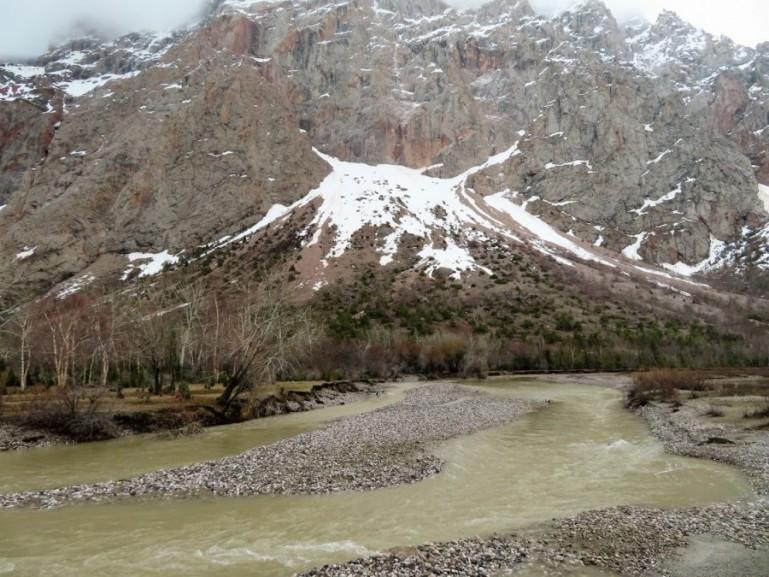 The Sarytag river