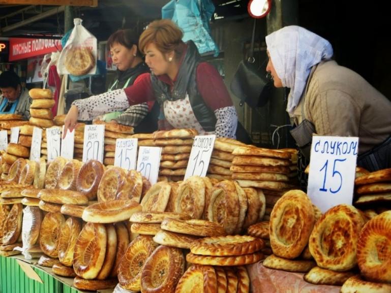 Tandyr naan at osh bazaar in bishkek