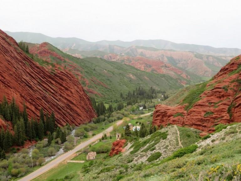 Jeti Oguz in Kyrgyzstan