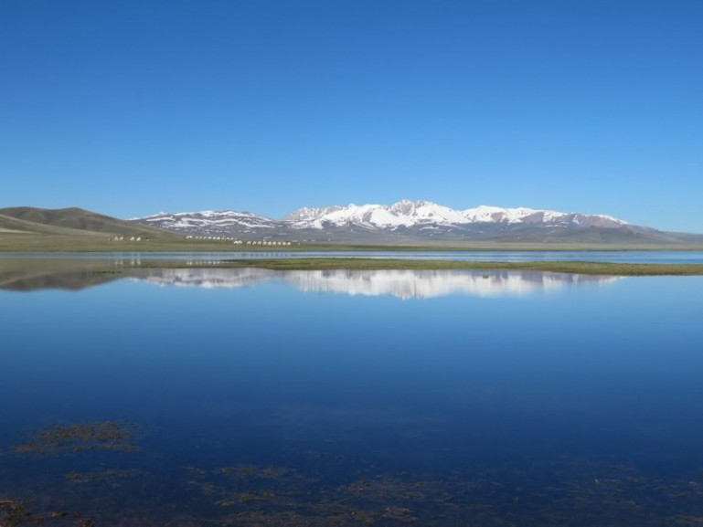 Song kul lake in Kyrgyzstan: a travel guide