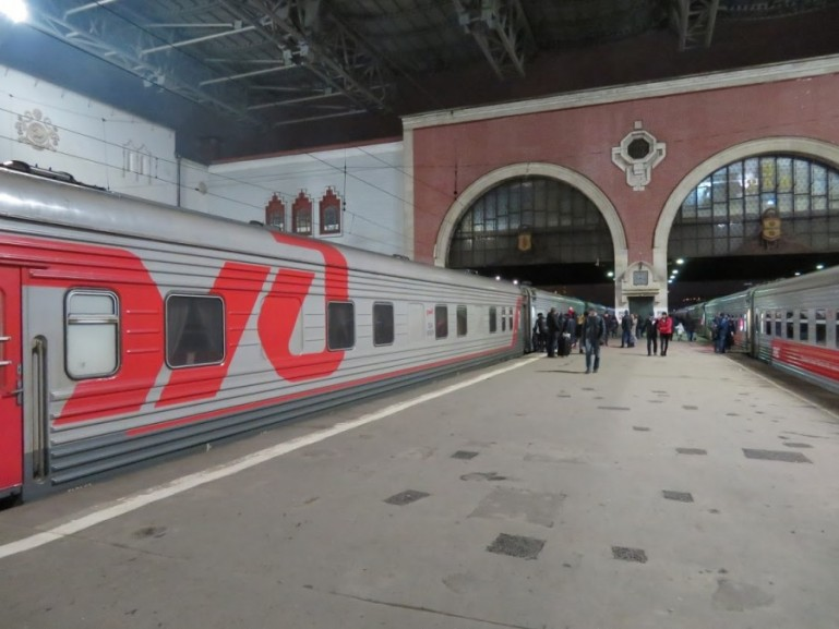 The train from Moscow to Kazan at Kazanski station