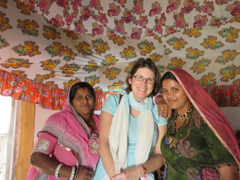 Solo female travel in rajasthan india