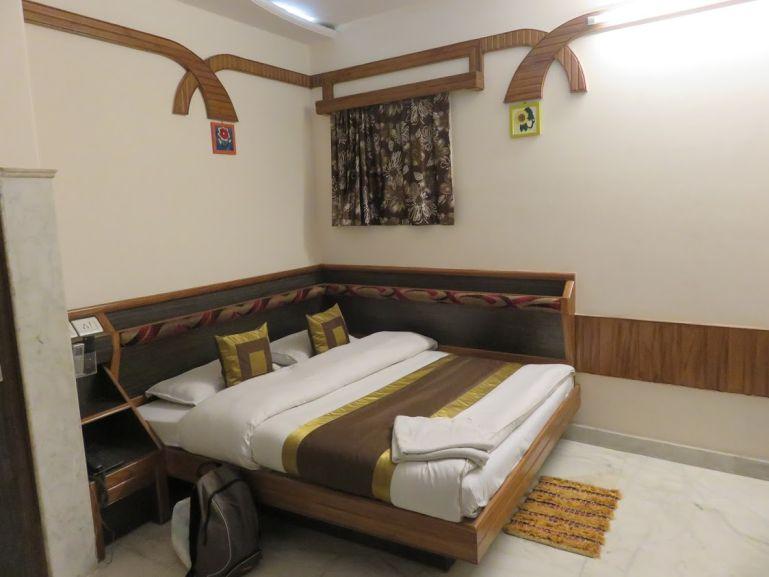 Natraj yes please hotel in Delhi