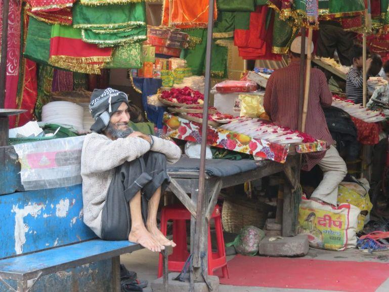 Nizamuddin Basti market