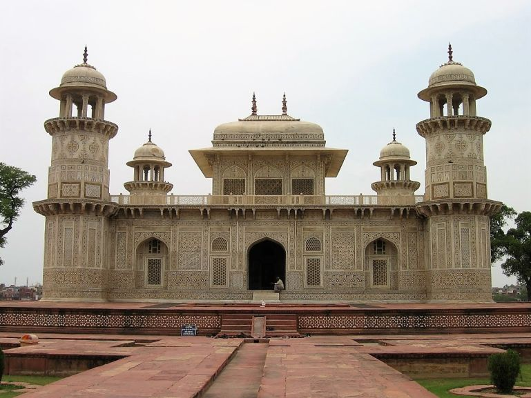 Baby Taj is among the top places to visit in Agra in one day