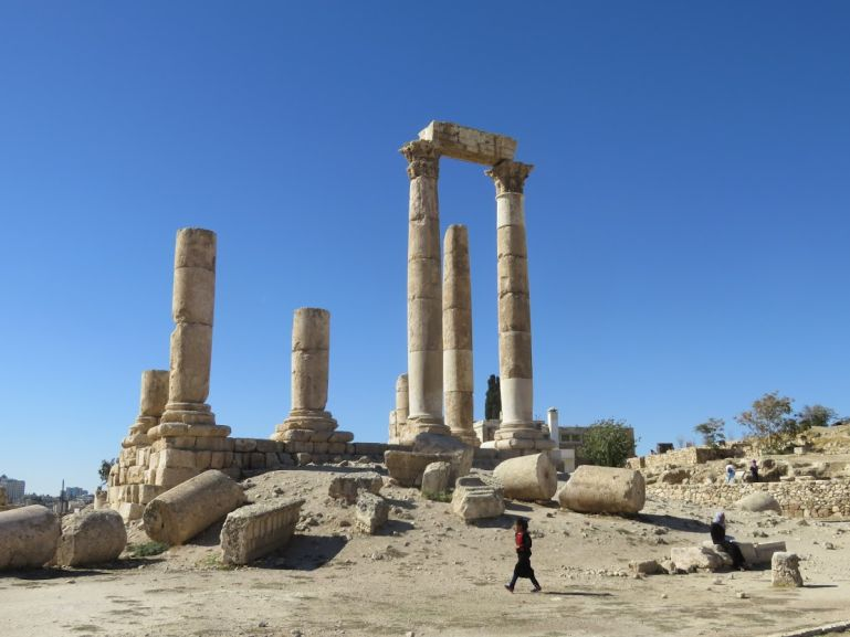 The Roman temple of Hercules is a must see when you have one day in Amman