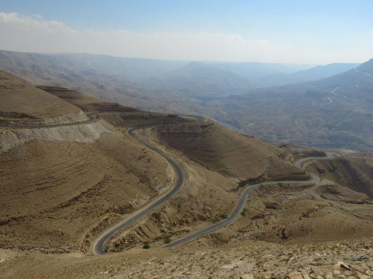 King's highway leading down to Wadi Mujib