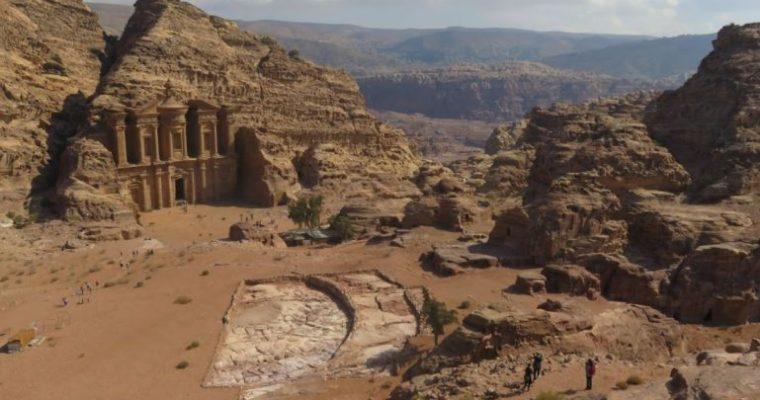 Petra itinerary: 2 days in Petra Jordan