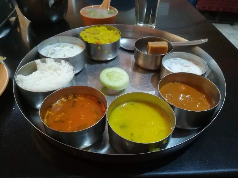 Karnatakan thali